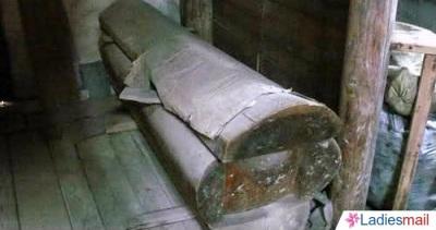 Kuburan1
